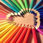 書くために必要な色鉛筆
